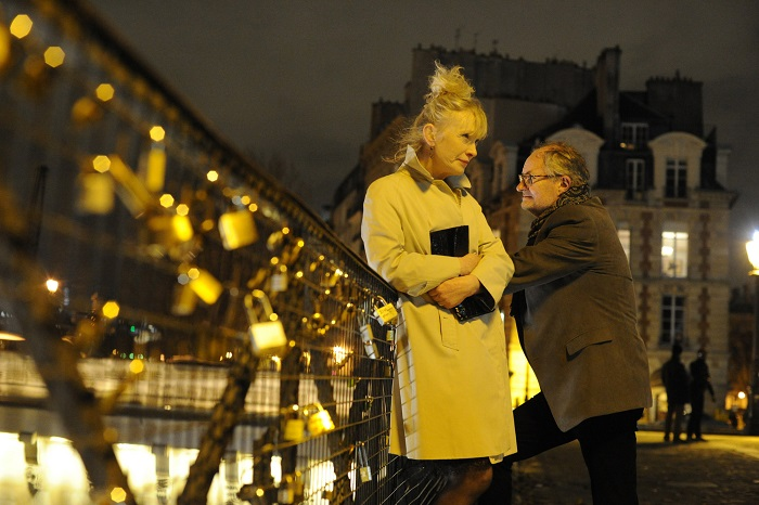 LE WEEKEND - 2014 FILM STILL - Meg Burrows (Lindsay Duncan) and Nick Burrows (Jim Broadbent) - Photo Credit: Music Box Films
