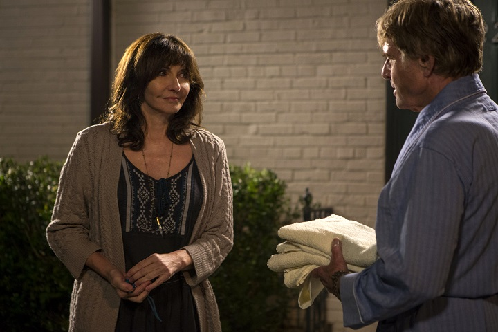 DF-03595_R_CROP (l to r) Mary Steenburgen stars as Jeannie and Robert Redford as Bill Bryson in Broad Green Pictures upcoming release, A WALK IN THE WOODS. Credit: Frank Masi / Broad Green Pictures